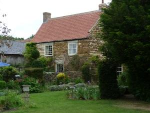 23. blog Husthwaite house exterior